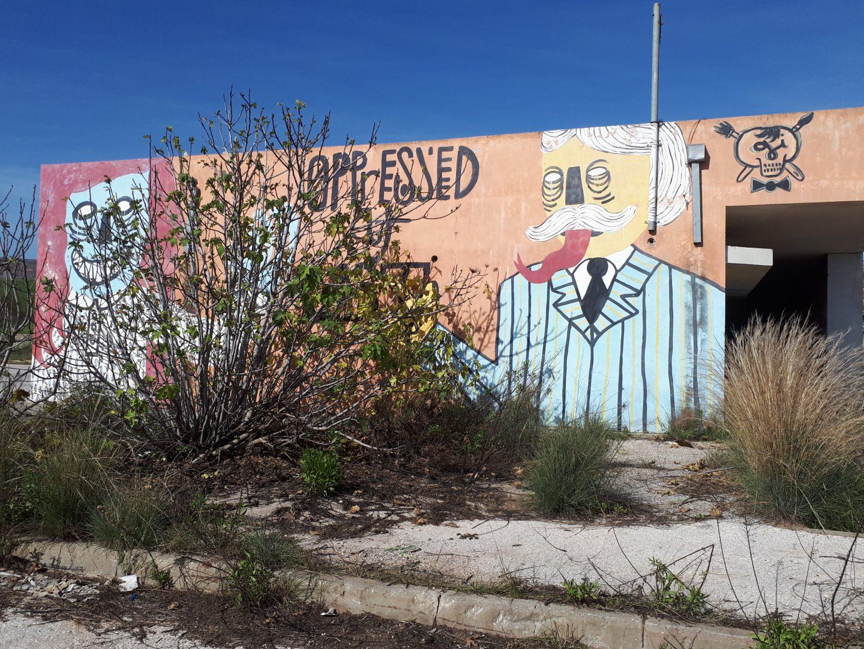 צבעי בסיס, בסיס עגל, אומנות רחוב