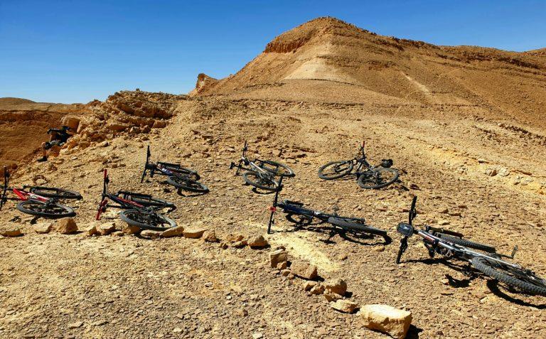 טיול אופניים במדבר
