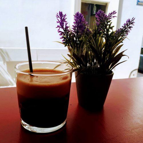 בית קפה וחנות